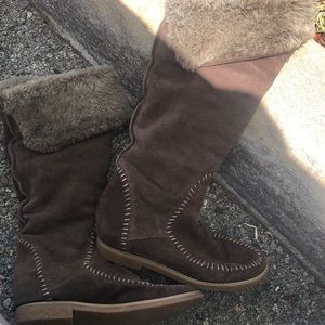 Jack Rogers Brown Suede Accent Stitching Knee